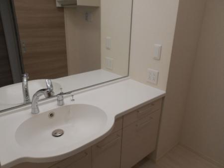 CINQII(サンクドゥ)の洗面所
