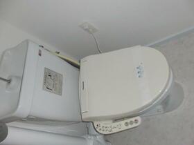 不動ヶ丘ハイツ 301号室のトイレ