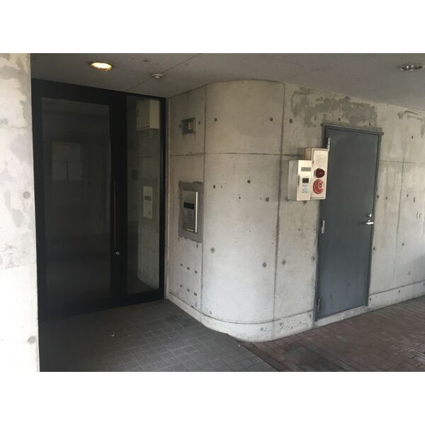 I・S COURT 3A号室の玄関