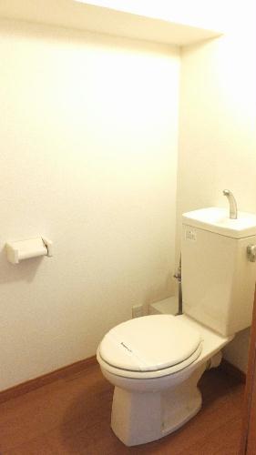 レオパレスKM 103号室のトイレ