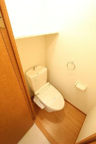 レオパレスプロテクシオン 112号室のトイレ