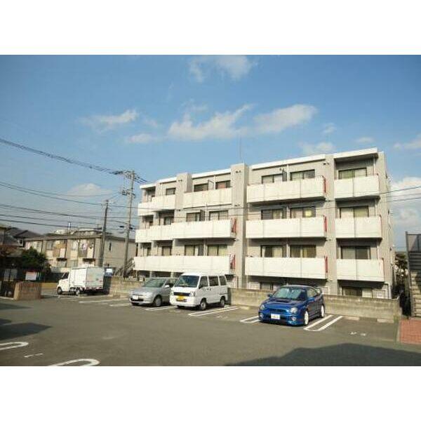 PLEAST南福岡の外観