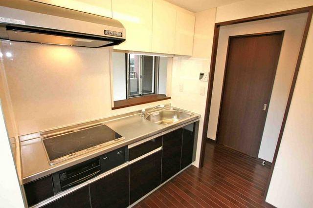 ブルソール信濃町 306号室のキッチン