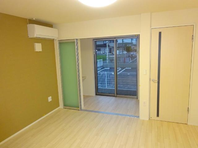(仮称)千葉市中央区塩田町新築アパート 102号室のリビング