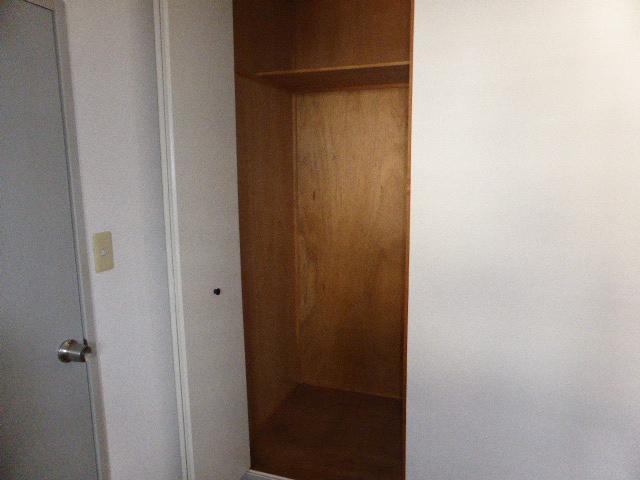 ナガシマハイツ A102号室の収納