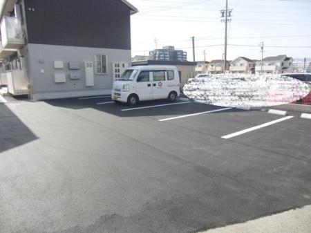フェリオ バン(FERIOーBam)の駐車場
