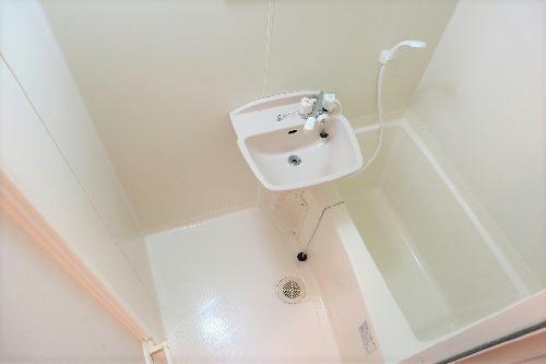 レオパレスキュプロス 104号室のトイレ