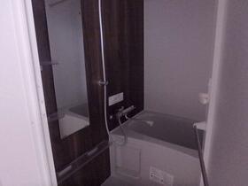 K RESIDENCE 302号室の風呂