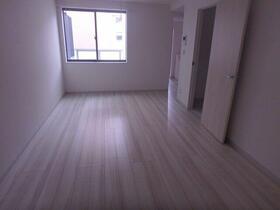 K RESIDENCE 302号室の居室