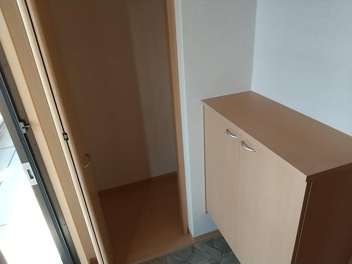 カンパーレ A 202号室の収納