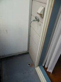 サンシャイン21B 103号室のバルコニー