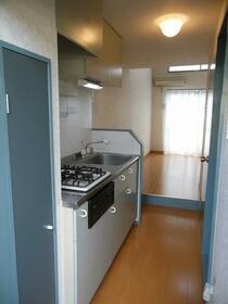 サンシャイン21B 103号室の玄関