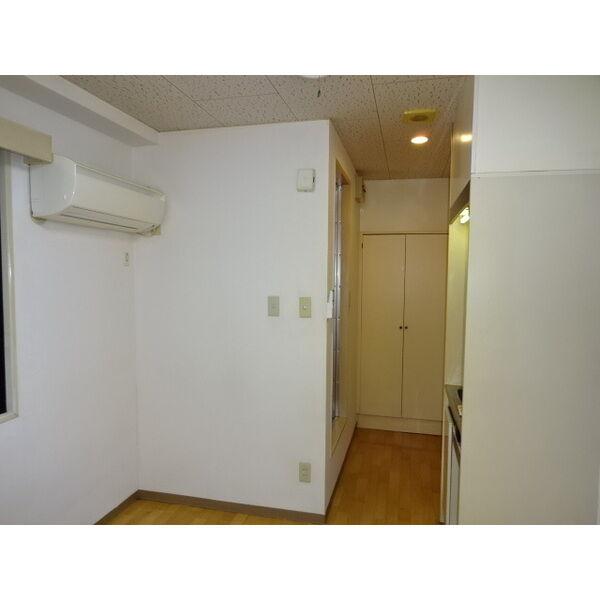 ヴェローノ緑地公園 207号室の