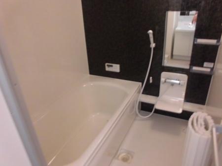 ミッドパレス市場町 II 203号室の風呂