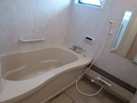 アドニス・フラット A/B B201号室の風呂