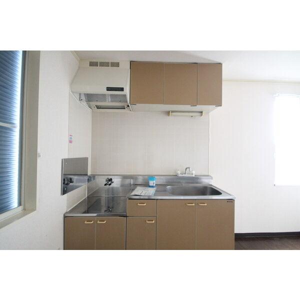メゾンカルダンB 103号室のキッチン