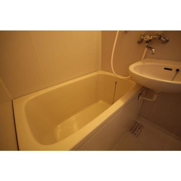 メゾンカルダンB 103号室の風呂