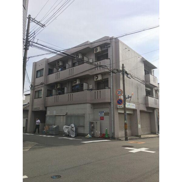 アパートメントSUITA 301号室の間取り