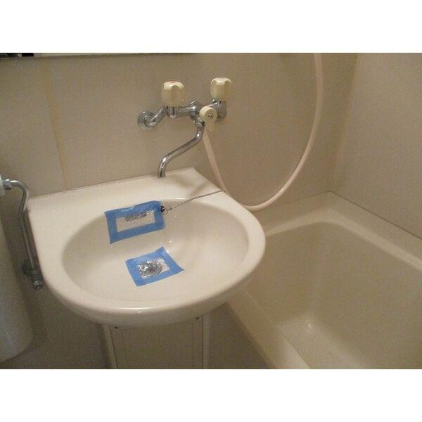 プレアール新大阪Ⅲ 303号室の洗面所