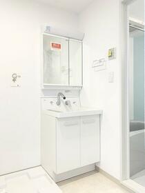オランジェテラスⅠ 201号室の洗面所