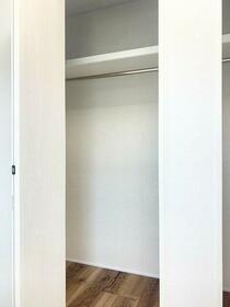 オランジェテラスⅠ 201号室の収納
