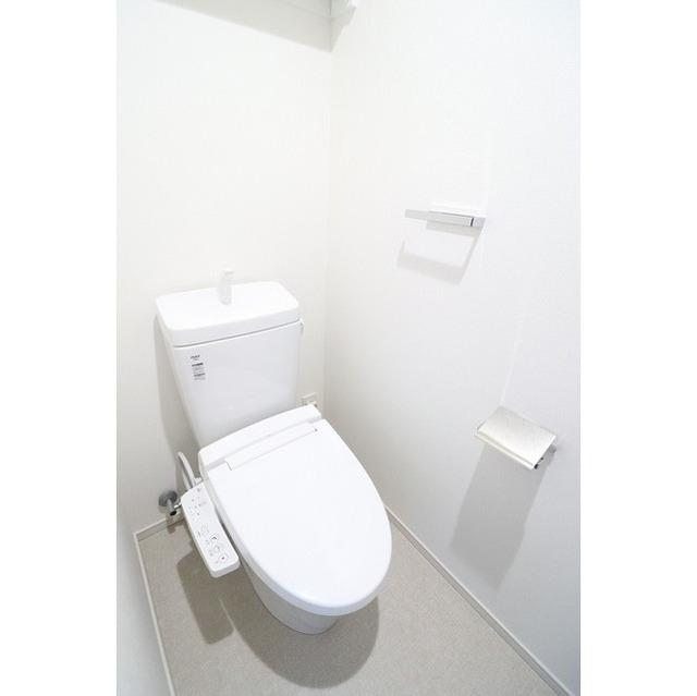 ザ・グローヴ浅草 0405号室のトイレ