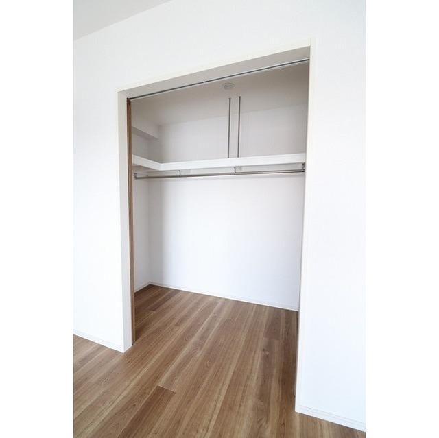ザ・グローヴ浅草 0405号室の収納