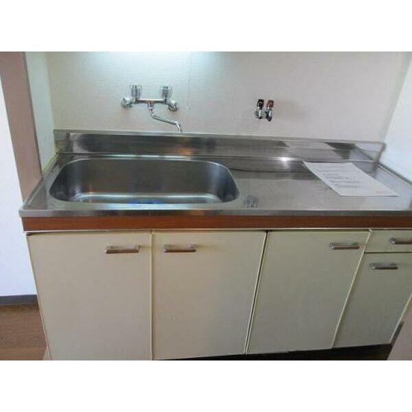 プレアール上新庄Ⅱ 402号室のキッチン