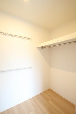 D-room地行 103号室の収納