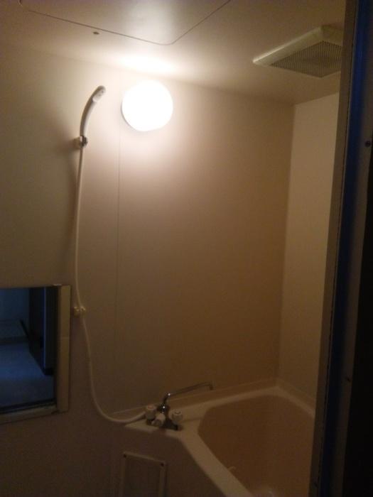 フローレンスMORITA 201号室の風呂