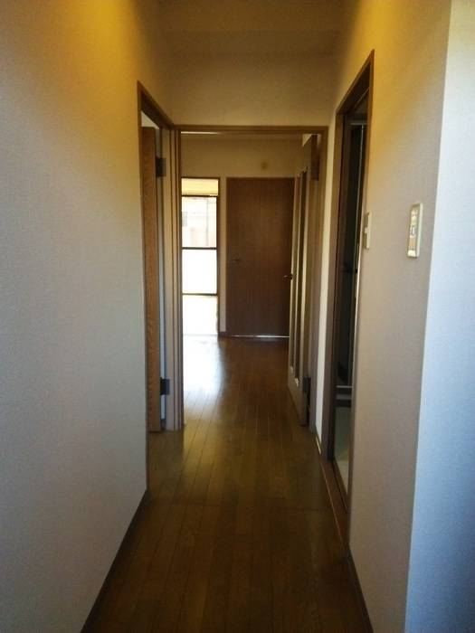 フローレンスMORITA 201号室の玄関