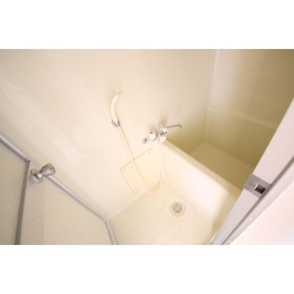 Livex V・A 103号室の風呂