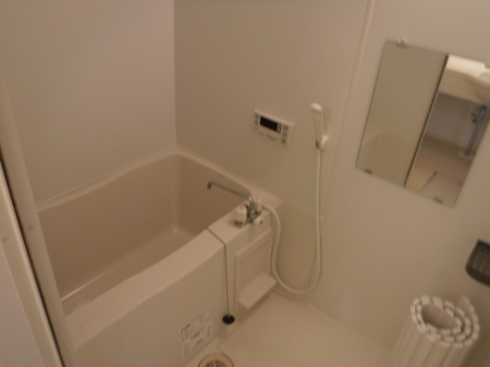 エテルナK・H 205号室の風呂