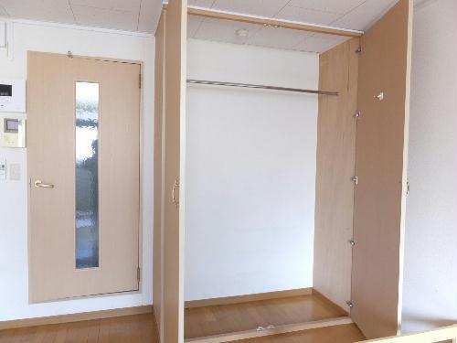 レオパレスサンライズ富岡 103号室の収納