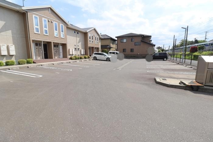 Parkside ひたち野 106号室の駐車場