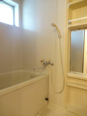 セジュールI・II II-A 208号室の風呂