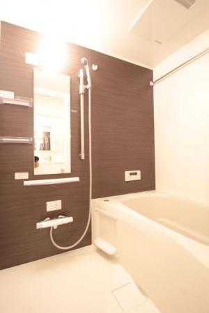 シャトーブリアン 301号室の風呂