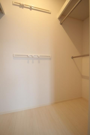 シャトーブリアン 301号室の収納