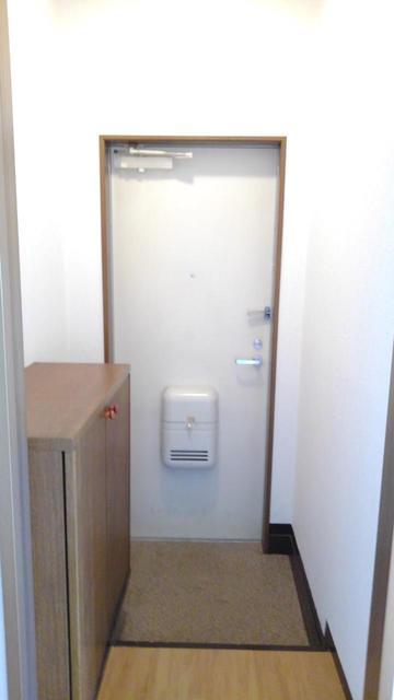 ツウインシティⅡ番館 02010号室の玄関