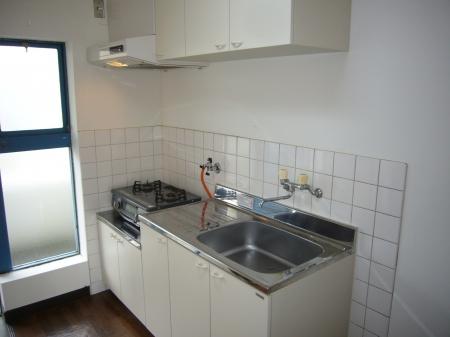 西浦マンション 31号室のキッチン