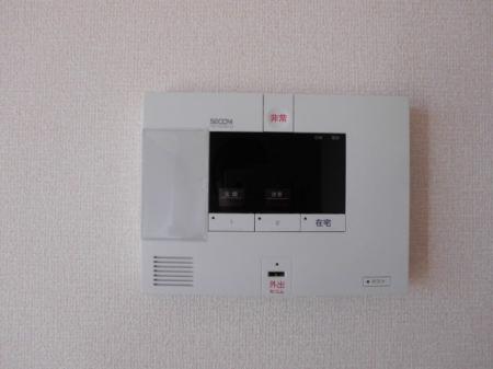 リバーサイド・ヒル 303号室のセキュリティ