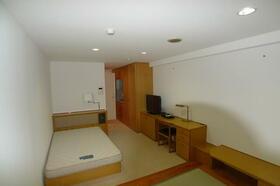 アルファコンフォート横浜 506号室のリビング