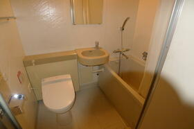 アルファコンフォート横浜 506号室のトイレ