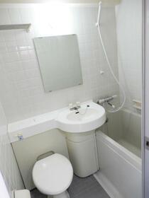 アクシルコート新大橋 00813号室の風呂