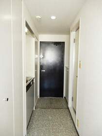 アクシルコート新大橋 00813号室の玄関