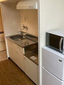 ユニーブル新栄 803号室のキッチン