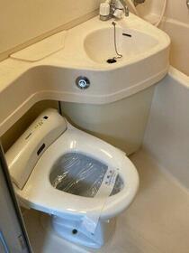 ユニーブル新栄 803号室のトイレ