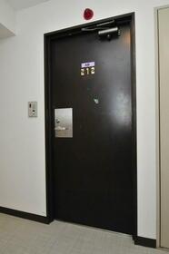 ウエストインパート18 0212号室のトイレ