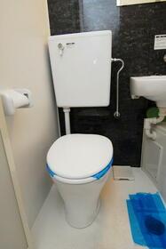 ウエストインパート18 0404号室のトイレ