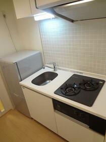 レジディア虎ノ門 1004号室のキッチン